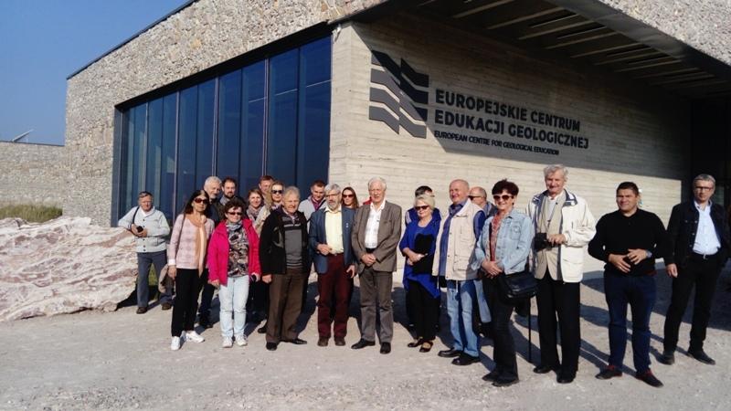 Przeglądasz obrazy z artykułu: WYKORZYSTANIE NAJNOWSZYCH ROZWIĄZAŃ TECHNICZNYCH W BUDOWNICTWIE - EUROPEJSKIE CENTRUM EDUKACJI EKOLOGICZNEJ UW
